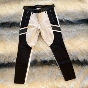EXPRESS - WHITE AND BLACK STELLA- LOW RISE SKINNY JEANS